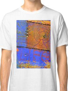 Focus on Living T-Shirt Classic T-Shirt