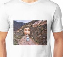 (✿◠‿◠) FACE IN MOUNTAIN OPEN MOUTH DRIVE THROUGH (✿◠‿◠) Unisex T-Shirt