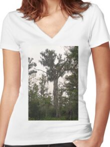 Monarch of the swamp Women's Fitted V-Neck T-Shirt