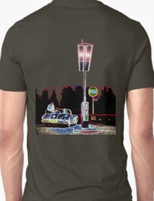 Vintage Gulf Oil Station Unisex T-Shirt