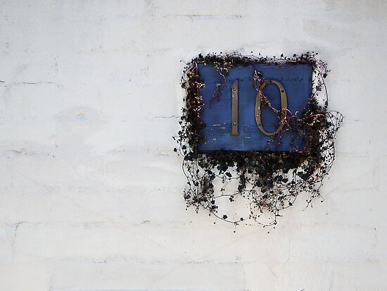 10 by Jan Pudney