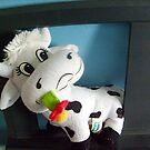 Happy cow by Ana Belaj