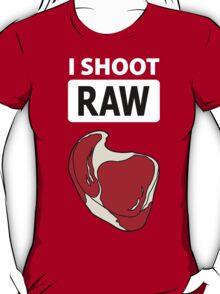 I shoot RAW (meat) - inverse T-Shirt