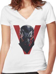 MGS11 - PHANTOM PAIN Women's Fitted V-Neck T-Shirt