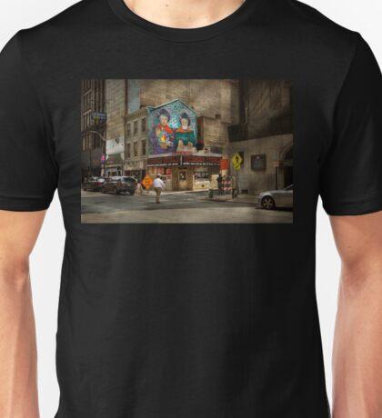 City - Pittsburg, PA - Wiener World Unisex T-Shirt