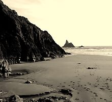 Broad Haven - warm tone by Sally J Hunter