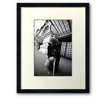 la dame personne Framed Print