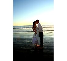 A kiss on the beach Photographic Print