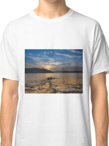 Wave's just hit the shore Classic T-Shirt