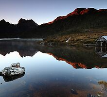 The mountain, the boatshed & the rock. by Garth Smith