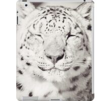Black and White Snow Leopard iPad Case/Skin