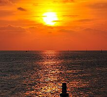 Sunset at Bayport by joevoz