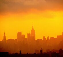Urban haze, New York City  by Alberto  DeJesus