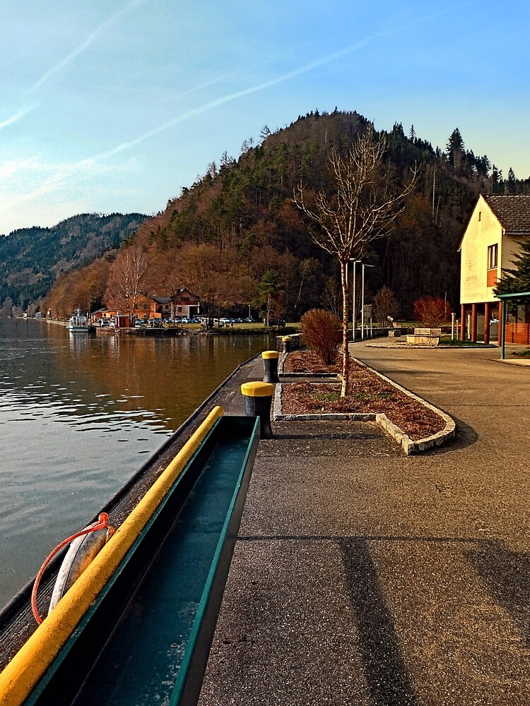 River Danube valley, at the harbour | waterscape photography by Patrick Jobst