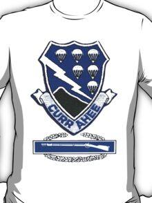 Currahee Patch & Combat Infantry Badge - T-Shirt T-Shirt