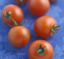 Tomatoes by Jeanne Horak-Druiff