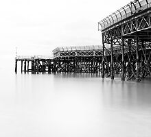 Southsea Pier by richgrant