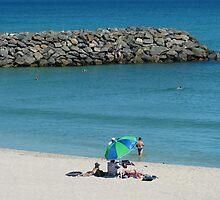 Cottesloe Beach by simonescott