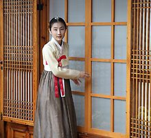 Korean Hanok and Hanbok by Jane McDougall
