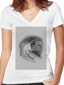 Mr. Bond - Licence to kill! Women's Fitted V-Neck T-Shirt