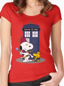 Snoopy Who. Women's Fitted Scoop T-Shirt