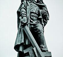 Treptower Park, Soviet war memorial. by Darren Taylor