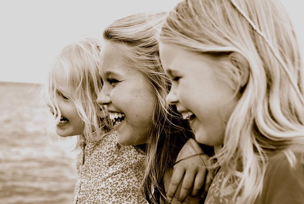 sisters by Jari Hudd