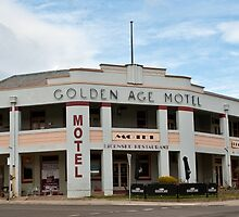 0195 Golden Age Motel, Omeo by DavidsArt
