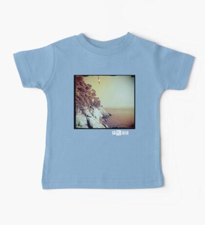 Free - T-shirt Baby Tee