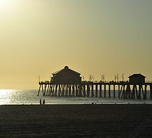 The Pier in sunset by julie08