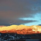 Sunset on the Mountain by barnsis