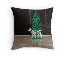 frontroom safari Throw Pillow