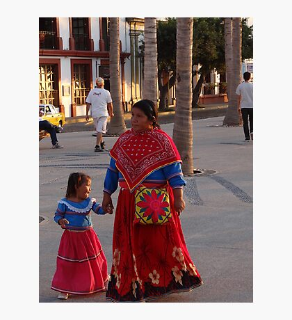 Mother And Daughter - Madre Con Su Hija Photographic Print