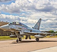 Eurofighter Typhoon T.3 ZJ805/BD Taxying by Colin Smedley