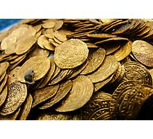 Scuba Divers uncover a hoard of 2000 gold coins from the Fatimid period  Photographic Print