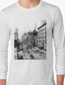 Vintage Broadway NYC Photograph (1920) Long Sleeve T-Shirt