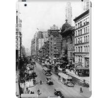 Vintage Broadway NYC Photograph (1920) iPad Case/Skin
