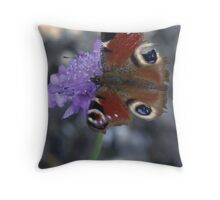 The ragged beauty. Throw Pillow
