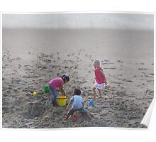 Playing in the Sand - Jugando en el Arena Poster