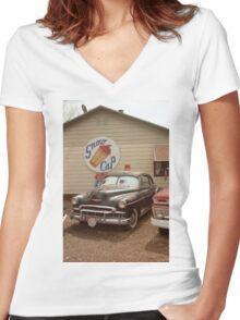 Route 66 Classic Car Women's Fitted V-Neck T-Shirt