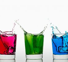 RGB Splash by Gert Lavsen