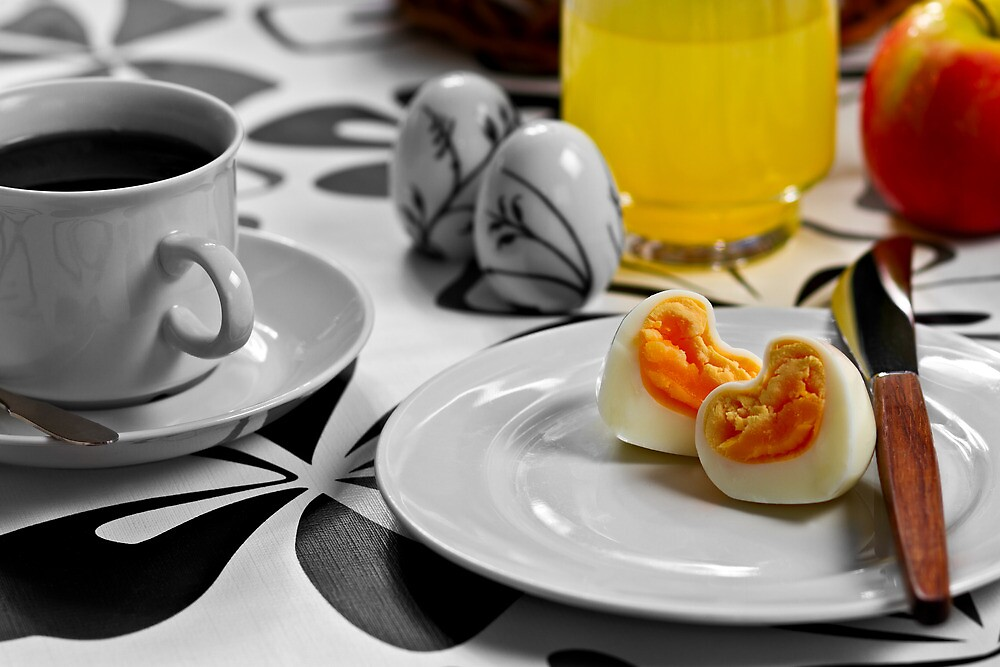 Heart shaped egg by Gert Lavsen