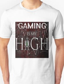 Gaming is my HIGH- White text/Red background T-Shirt