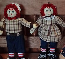 Raggedy Ann and Andy by vigor