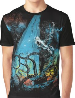 diving danger Graphic T-Shirt