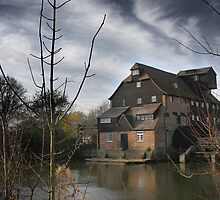 Houghton Mill, Cambrigeshire. by jonlenton