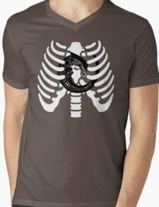 Alien Chest Burster Rib Cage Design Mens V-Neck T-Shirt