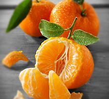 Selective Colour Food Photos of Mandarins by Paul Williams