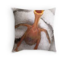 I want my mummy Throw Pillow