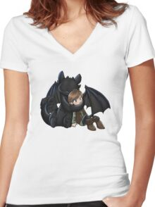 How To Train Your Dragon Manga Design Women's Fitted V-Neck T-Shirt